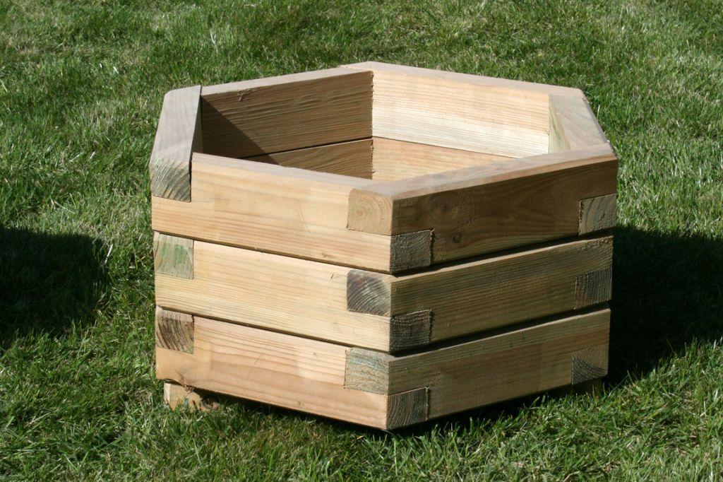 Rundtisch Aus Holz Architektonischem Look